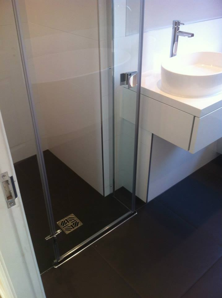 Freestanding Bath And Wetroom Installation Papworth Cambridge Bath And Wetrooms 12 Cbwr